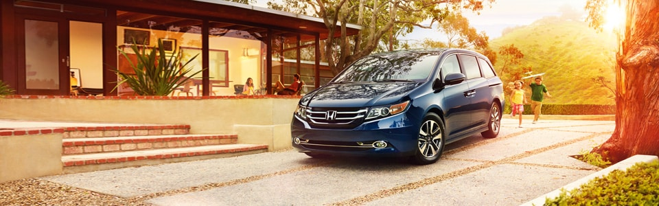 //static.dealer.com/v8/global/images/slideshows/auto/h/honda//2013-Odyssey-Van_01.jpg?1389207538000